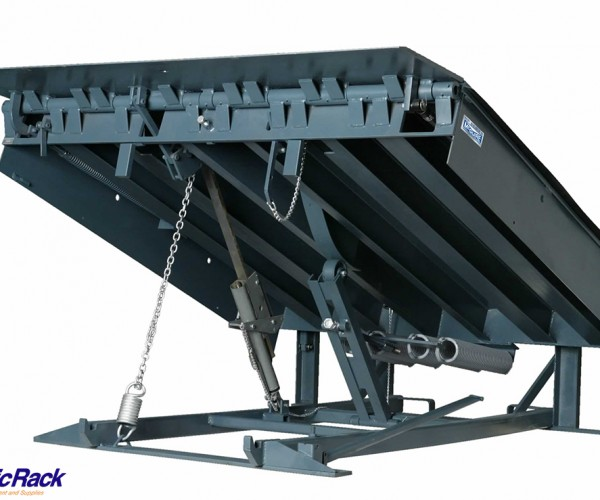 Warehouse-Loading-Dock-Equipment-3