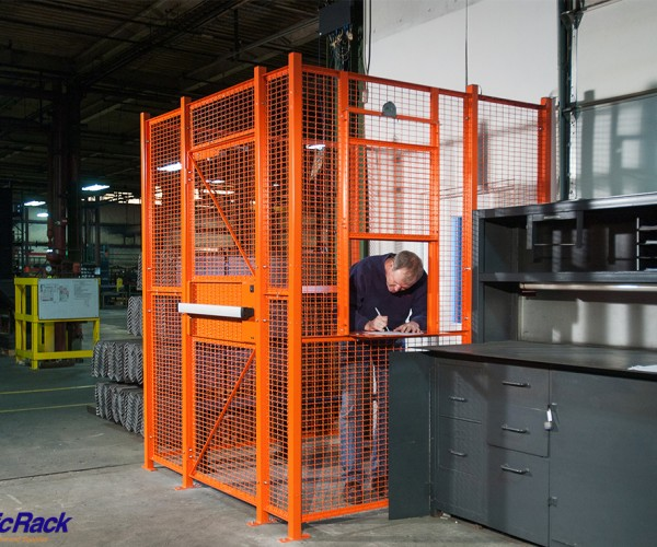 Warehouse-Wire-Partition-1