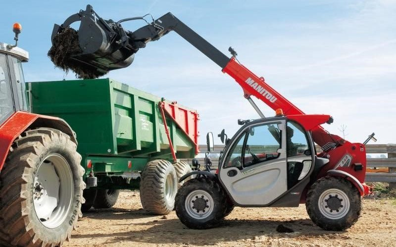 Manitou Hurrican Clean up Machines