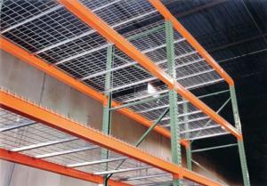 Wire Deck Safety and Versatility