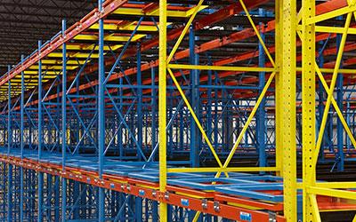 Push Back Pallet Rack Industrial Storage System